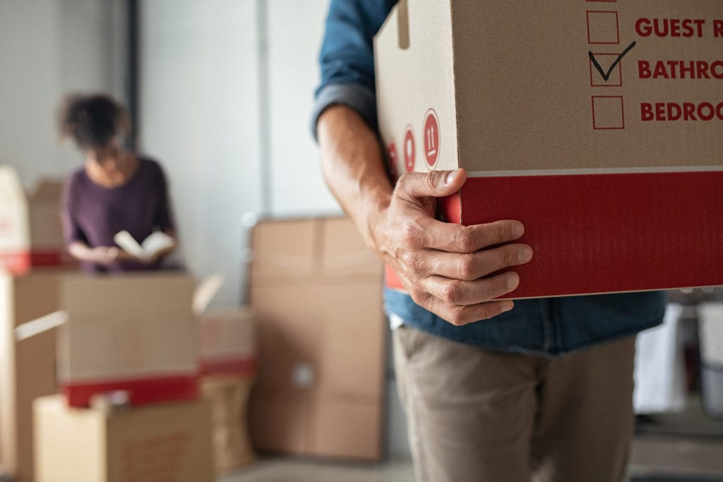 How to choose a long-distance moving company?