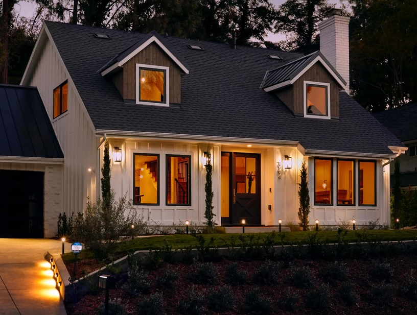 Ring Steplight, A Smart Solar-powered Outdoor Light That Illuminates Your Property