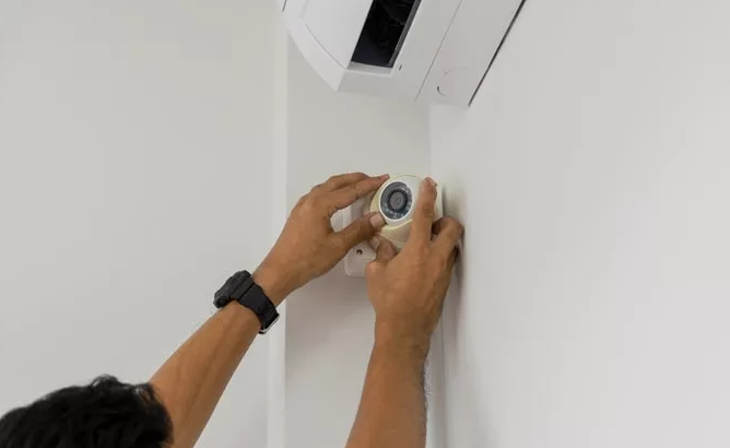 Facts : Professionally Installed vs. DIY Home Security System